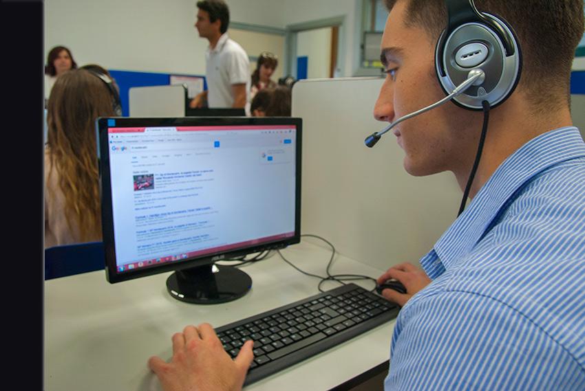 Uno studente sul PC