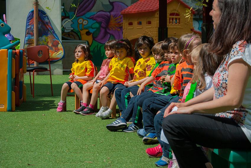 Una recita in giardino dell'infanzia