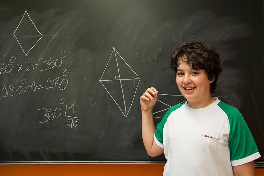 Un studente della scuola secondaria